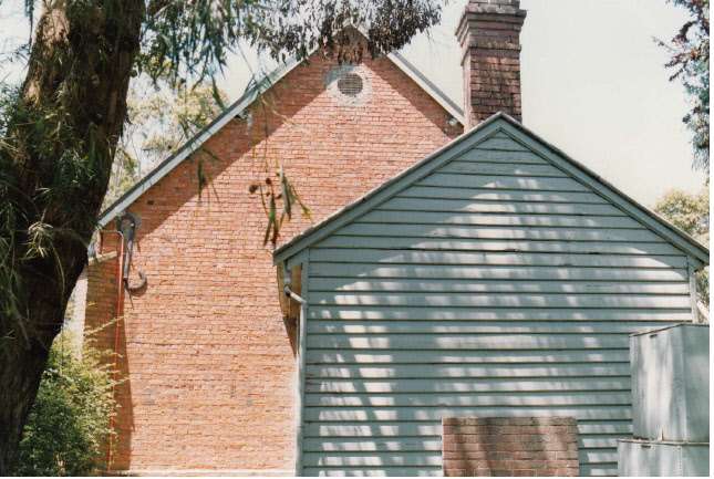 Presbyterian Church Eltham Yarra Glen Rd Colour 8 - Shire of Eltham Heritage Study 1992