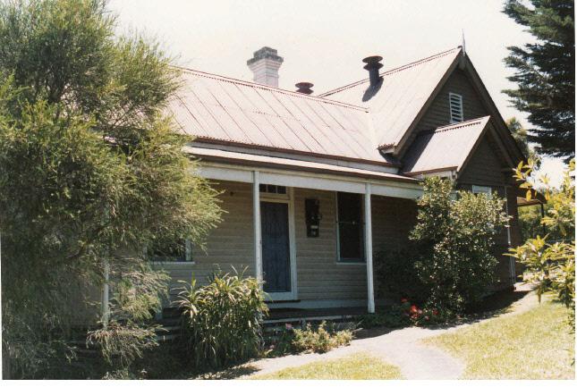 Kangaroo Primary State School Elth Yarr Glen Rd Colour 2 - Shire of Eltham Heritage Study 1992