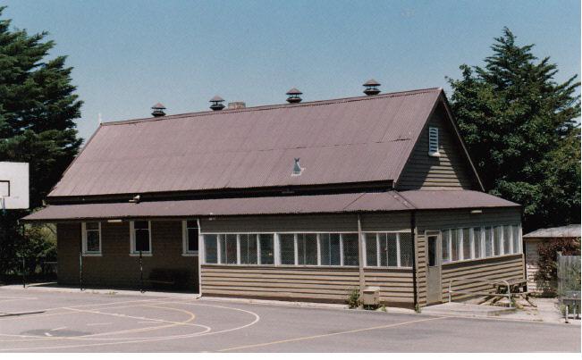 Kangaroo Primary State School Elth Yarr Glen Rd Colour 4 - Shire of Eltham Heritage Study 1992