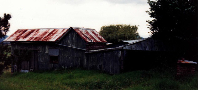 Garden Hill Shearing Shed Elth Yarra Glen Rd Colour 2 - Shire of Eltham Heritage Study 1992