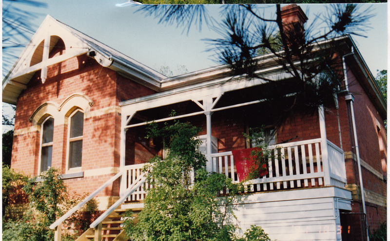 State School 209 Residence Pines 690 Main Rd Colour 3 - Shire of Eltham Heritage Study 1992