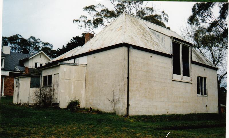 Residence Studio 30 Lavender Park Rd Colour 2 - Shire of Eltham Heritage Study 1992