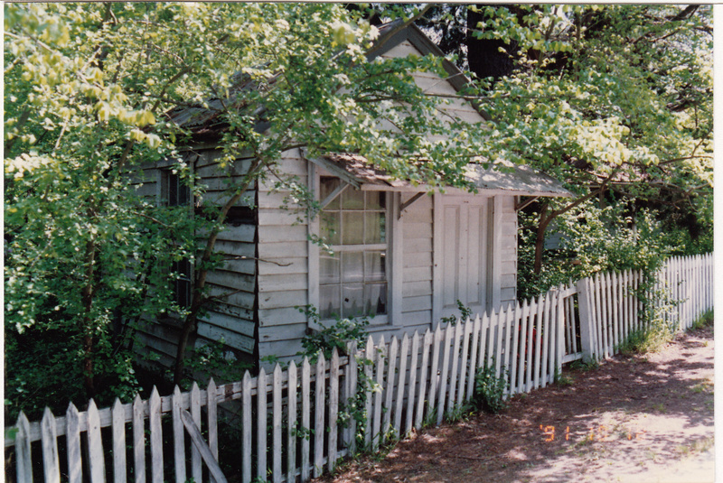 Jarrold Cottage Shop Studio 701 Main Rd Colour 1 - Shire of Eltham Heritage Study 1992