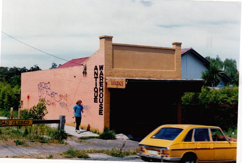 Shop Dwelling 738 Main Rd Eltham Colour - Shire of Eltham Heritage Study 1992