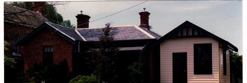 HO122 Police Residence 728 Main Road Eltham.jpg