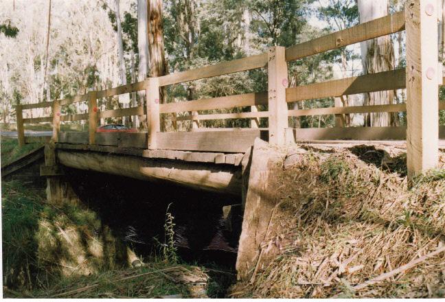 Timber Trestle Bridge Arthurs Creek Eagles Nest Rd Colour 3 - Shire of Eltham Heritage Study 1992