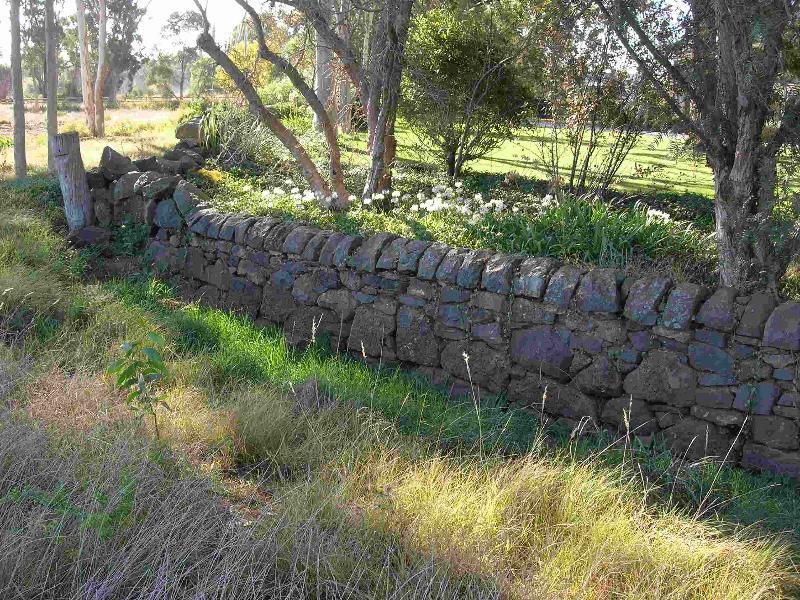 Dry Stone Wall M176 - HaHa Wall