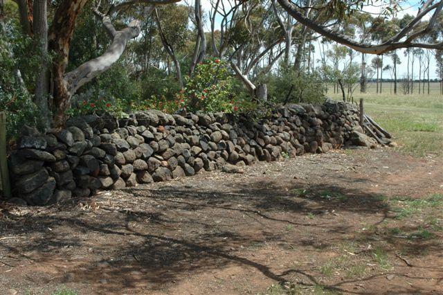Dry Stone Wall B28