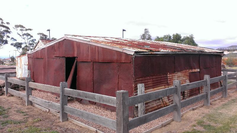 Dairy Buildings - May 2013