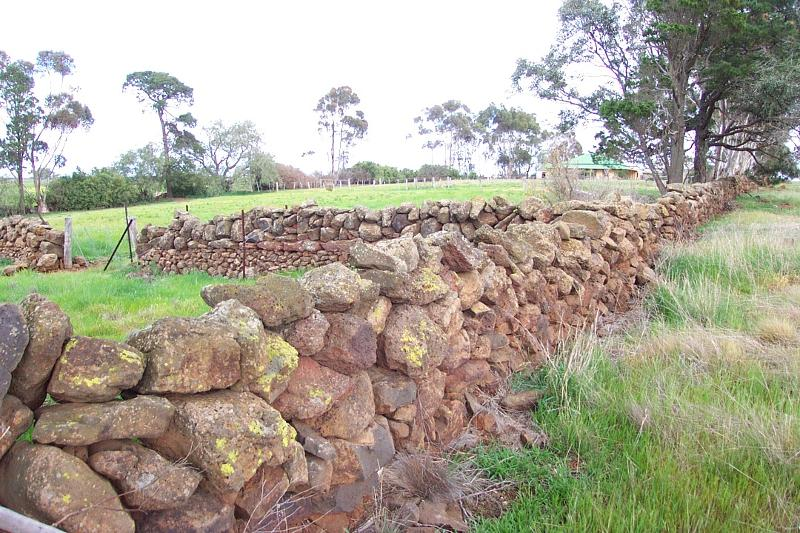 Dry Stone Wall A272