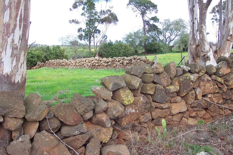 Dry Stone Wall A273
