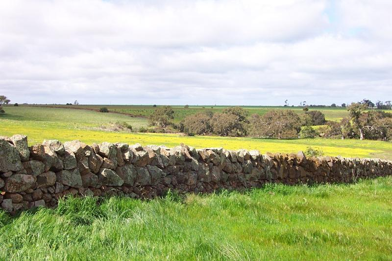 Dry Stone Wall A274