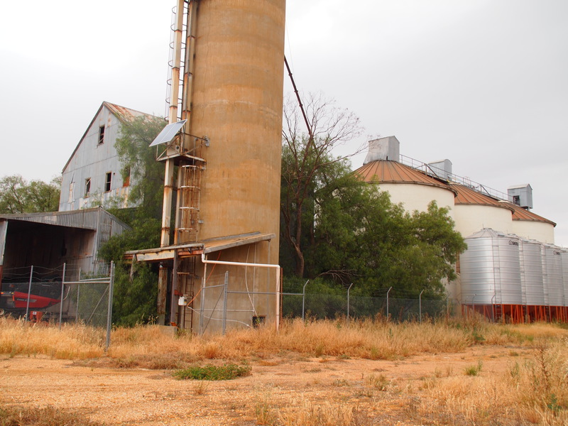 H1011 FORMER WIMMERA FLOUR MILL AND SILO COMPLEX LHA 2015 2.JPG