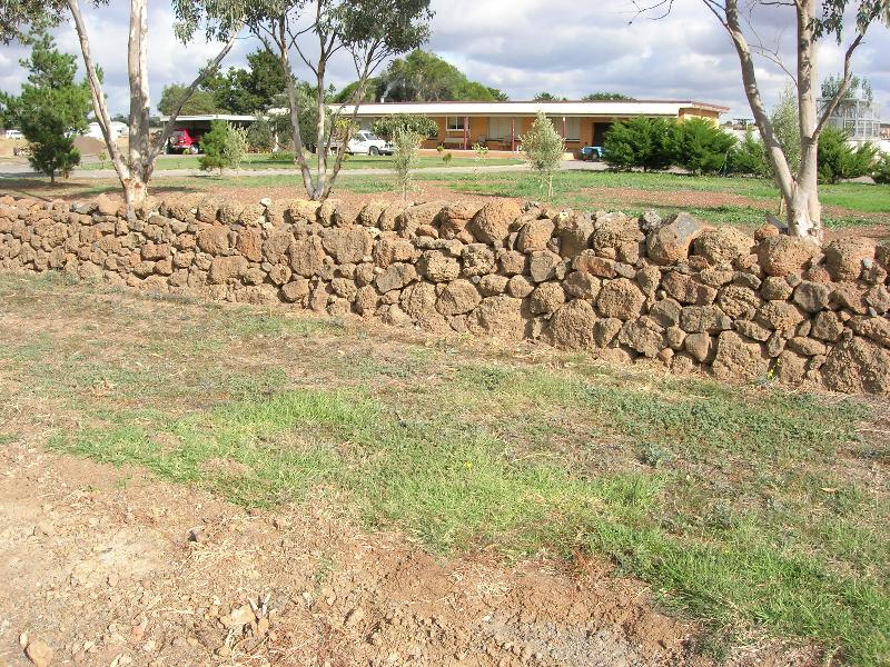 Dry Stone Wall N226 - Sinclairs Road Boundary