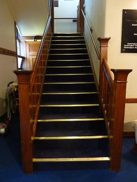 Sandringham_Masonic_Hall_stairs_to_upper_foyer.JPG