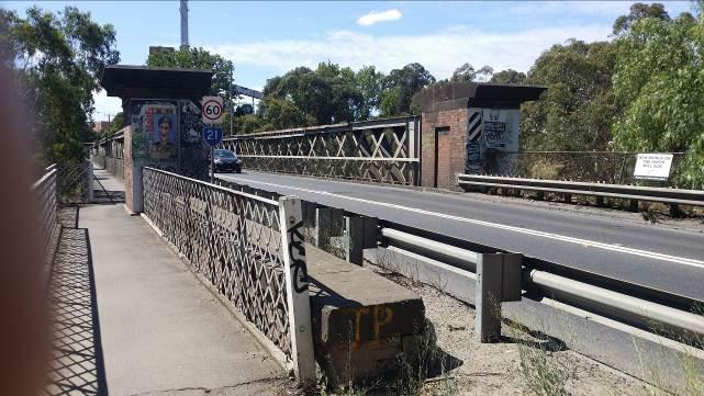 Chandler Highway Bridge looking to the north (City of Yarra) from the southern side of the bridge (City of Boroondara).jpg