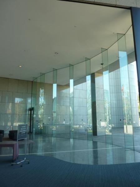 Main Spring Street foyer