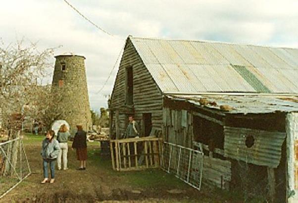 1985, barn.jpg