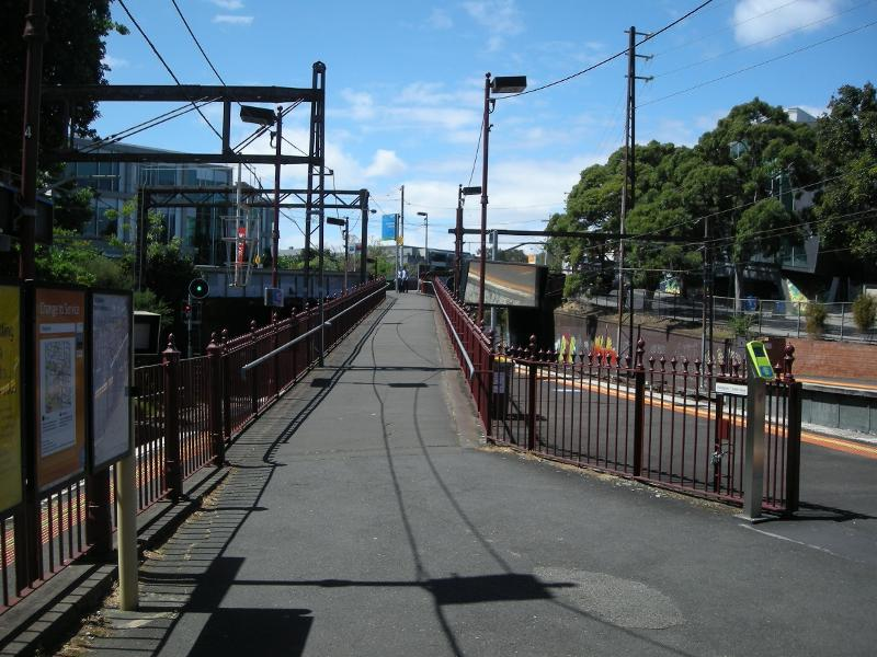 Looking north and upwards along the pedestrian walkway which links the island Platforms 2 and 3 with the south-side footpath on Burwood Rd bridge