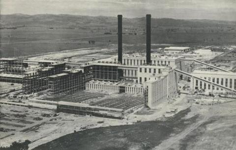 Morwell Briquette Works under construction, 1959.