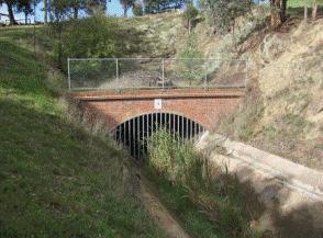 2011, brickwork to tunnel 4.gif