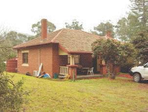 2011, caretaker's house.gif