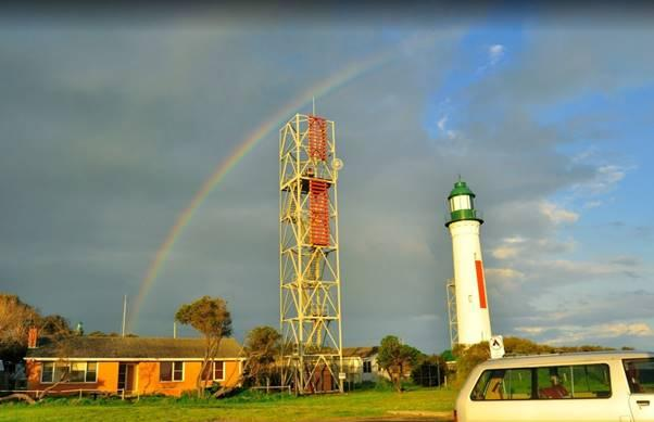 2010, Hume tower and white lighthouse.jpg