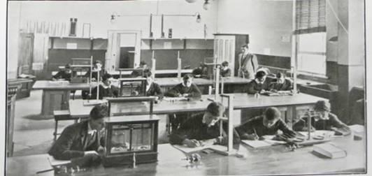 Laboratories, 1914.jpg