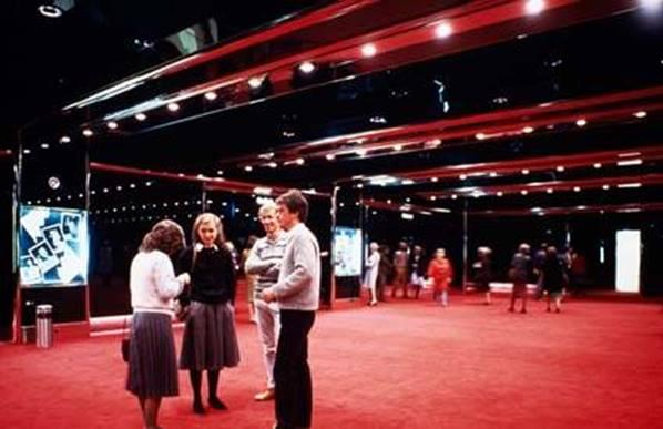 1984_State Theatre Foyer.jpg