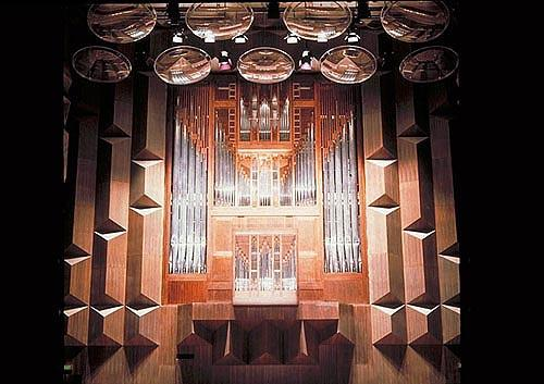 2008_Original organ in Hamer Hall.jpg