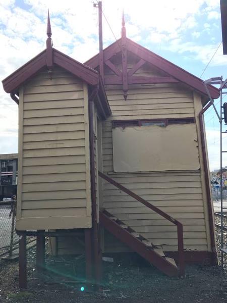 Victoria St signal box.jpg