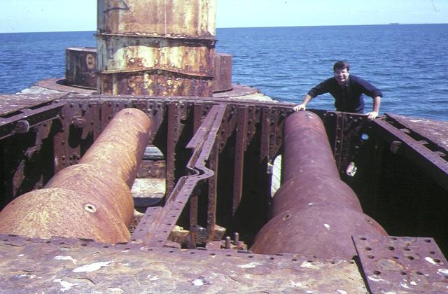 S113_Cheviot_PortPhillipHeadsCheviotBeach_wreck_Feb1997